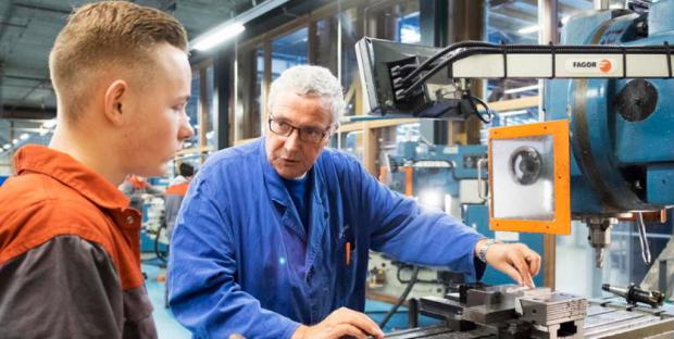 """""""Gli anziani devono lavorare o niente pensione per i giovani"""": FMI boccia la riforma dell'Italia"""