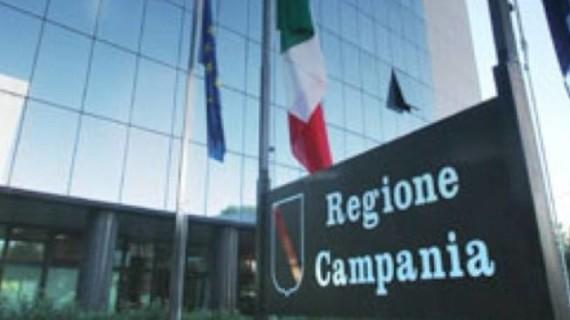 Campania, bando sostegno per lavoratori, imprese e pensioni: indennità fino a 2.000 euro